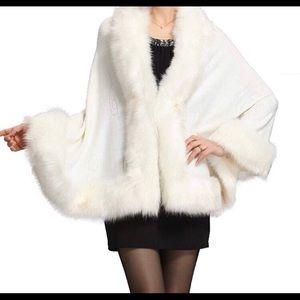 Ivory faux fur shawl wrap OS